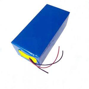 LiFePO4 վերալիցքավորվող մարտկոց 10Ah 12V լիթիումի երկաթ ֆոսֆատ մարտկոց լույսի / UPS / էլեկտրական գործիքների / սահադաշտի / սառցե ձկնորսության համար